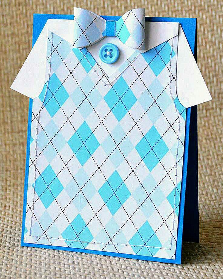Открытка рубашки с галстуком